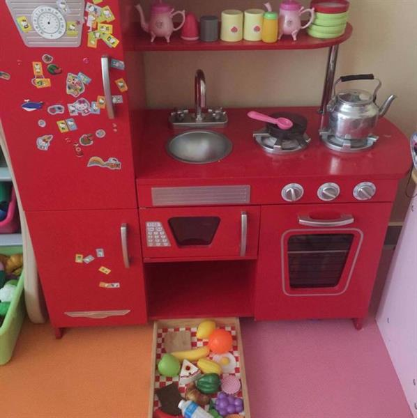 Used Wooden Kitchen in Dubai, UAE