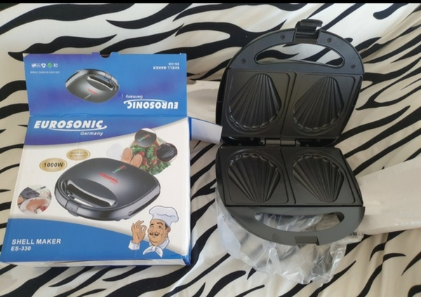 Used Toaster/sandwich maker new in box in Dubai, UAE