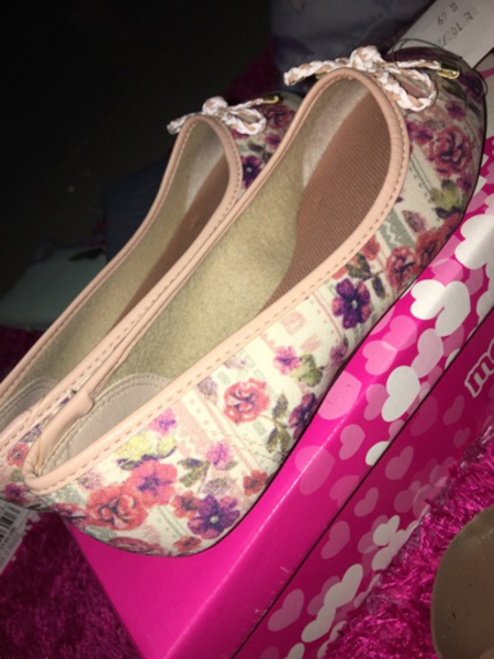 Girl shoes EUR SIZE 31(new)