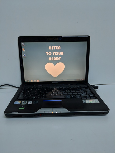 Used Toshiba satellite u500 in Dubai, UAE