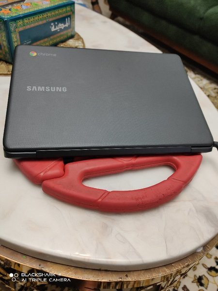 Used Samsung Chromebook With PlayStore 4GB in Dubai, UAE