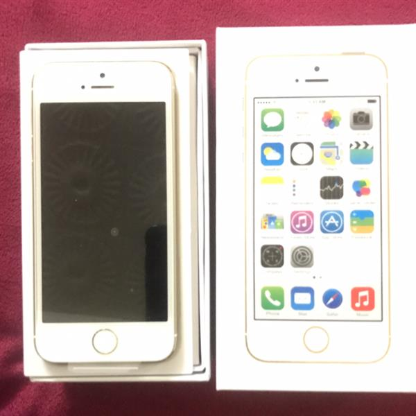 Used iphone 5s. 32GB. GOLDEN  in Dubai, UAE
