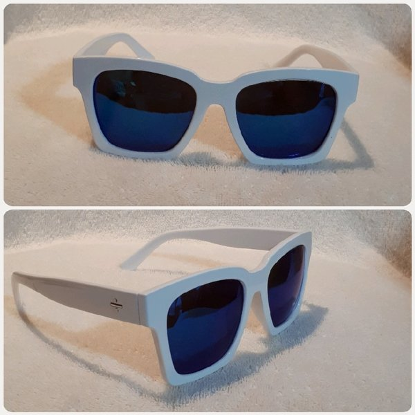 Used White blue Glass fashion in Dubai, UAE