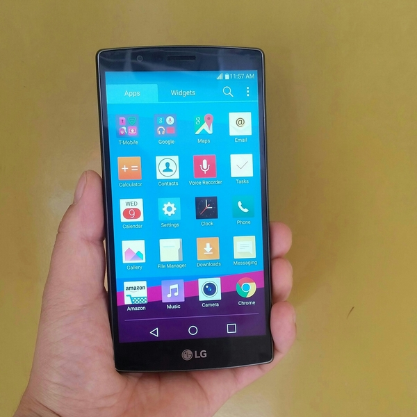 """Used LG G4 Smartphone 32 GB 3 GB Ram """" Made in Korea"""" Feel Leather Back, Only Mobile & Fix Price.  in Dubai, UAE"""