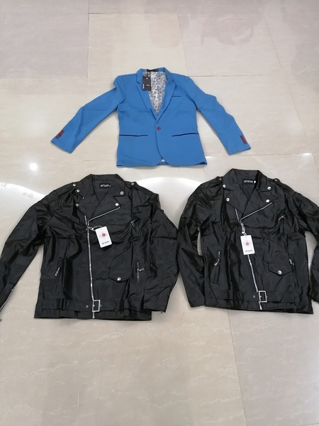 Used 2 men's casual PU Leather jackets+suit in Dubai, UAE