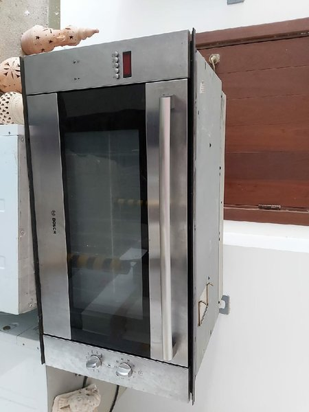 Used Bosch Microoven working perfectly in Dubai, UAE