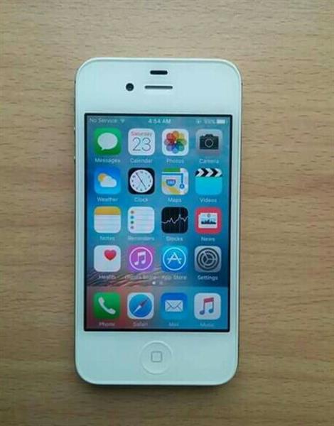 Used Apple Iphone 4S 16GB Facetime in Dubai, UAE