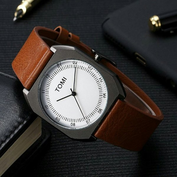 Used TOMI Original ◇Leather Watch New wd BOX in Dubai, UAE