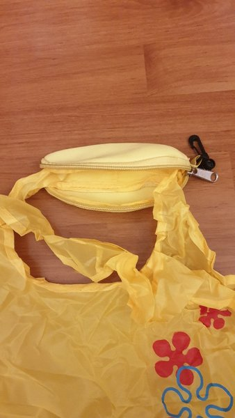 Used banana foldable bag 10 pcs🎁🎁 in Dubai, UAE
