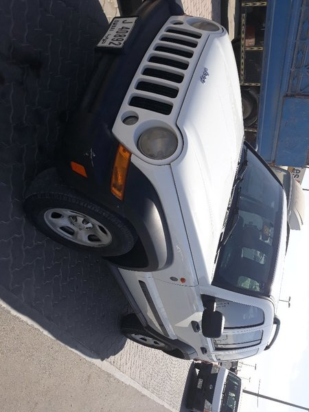 Used Jeep liberty in Dubai, UAE