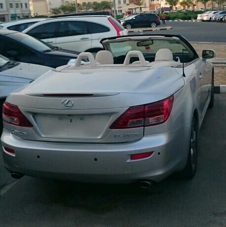 Used Lexus IS 250c 2010 in Dubai, UAE