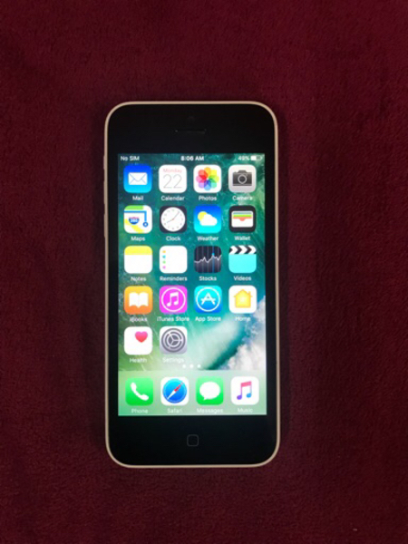 Used IPhone 5c  16GB WITH OUT ANY SCRATCH  in Dubai, UAE