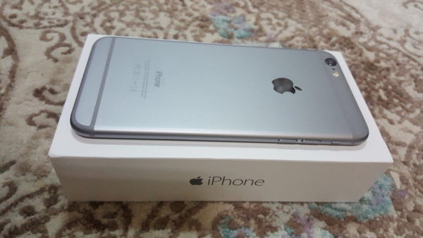 iphone 6plus 128gb space grey color, with full accessories and box, condition 9.5/10. Note:- Original Box accessories included, Handsfree/Charger never used all packed as bought.