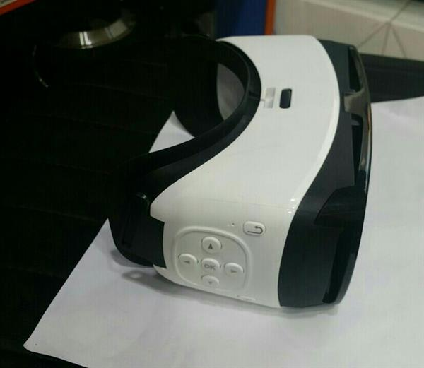 Used VR With Built In Bluetooth Control... in Dubai, UAE