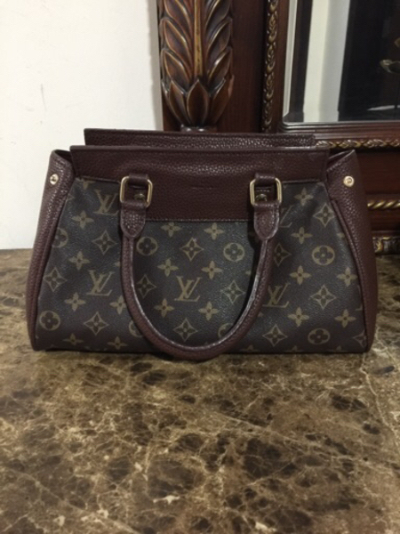 Used Lv overrun preloved Bag in Dubai, UAE