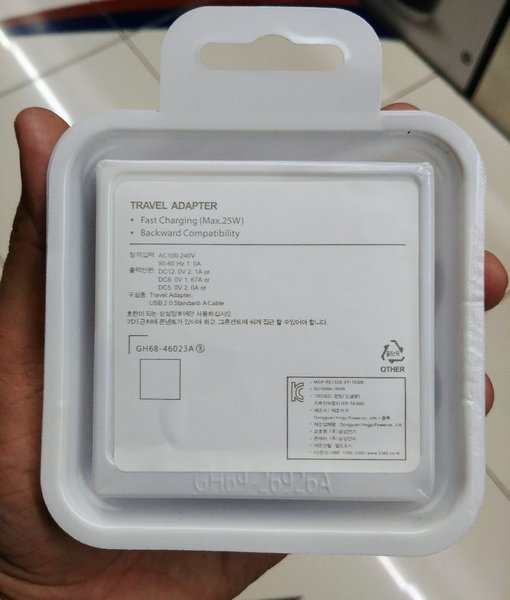 Used New orignal fast charger c type cable in Dubai, UAE