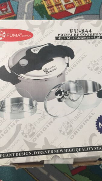 2 pressure cooker 4L and 6L with steamer