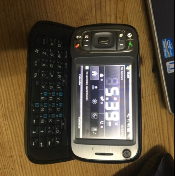 Used HTC Windows 6.1 Smartphone in Dubai, UAE