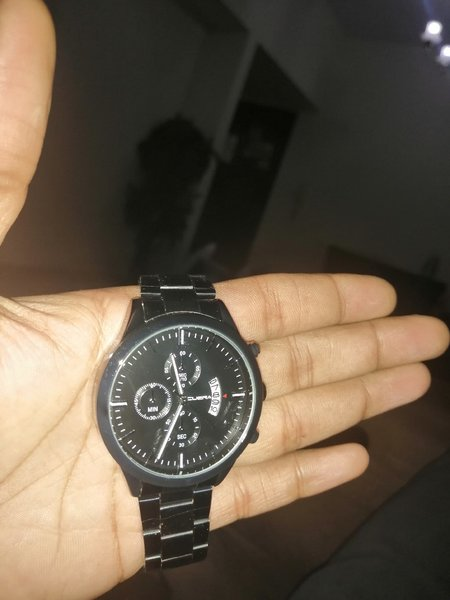 Used Men's stainless steel analog watch in Dubai, UAE