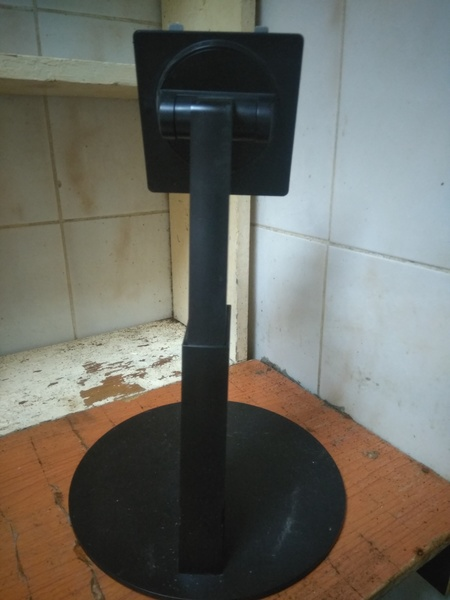 Used LCD Stand in Dubai, UAE