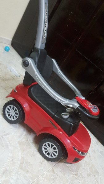 Used Ride on or push car up to 27 kgs in Dubai, UAE