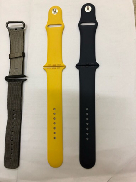 Used Apple 42mm wrist belt sale in Dubai, UAE
