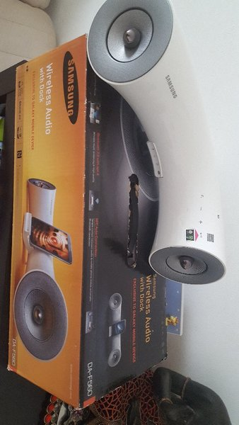 Used Samsung wireless audio dock station in Dubai, UAE