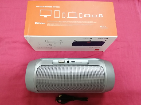 Used Charge 2 +portable wireless speaker in Dubai, UAE