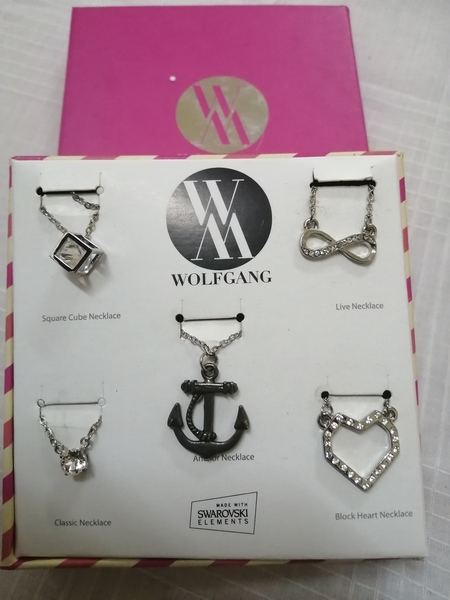 Used Boxed sets of 5 Necklaces in Dubai, UAE