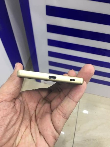Used Sony Xperia Zed 5... in Dubai, UAE