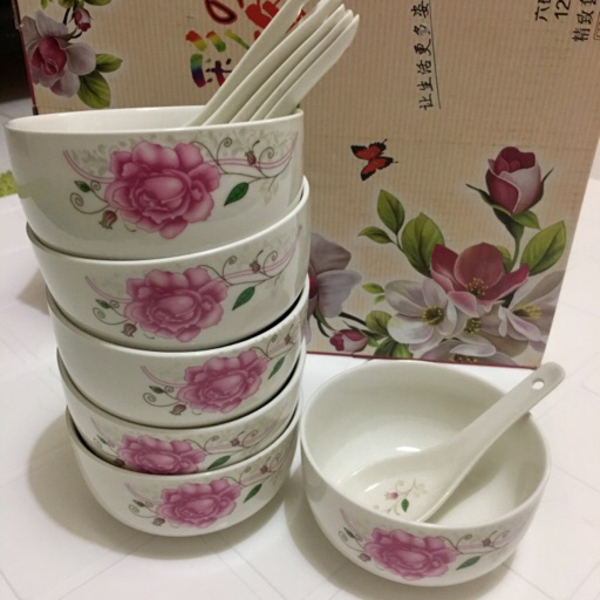 Used Set of Bowl & spoon in Dubai, UAE