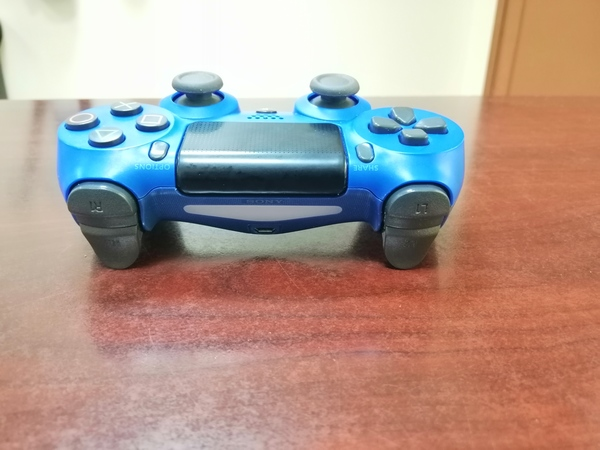 Used PS 4 controller in Dubai, UAE