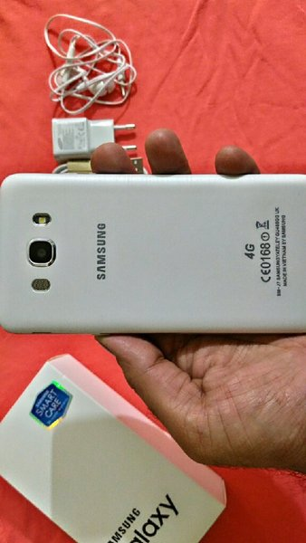 Used Samsung Galaxy j7 6....first copy..16gb in Dubai, UAE