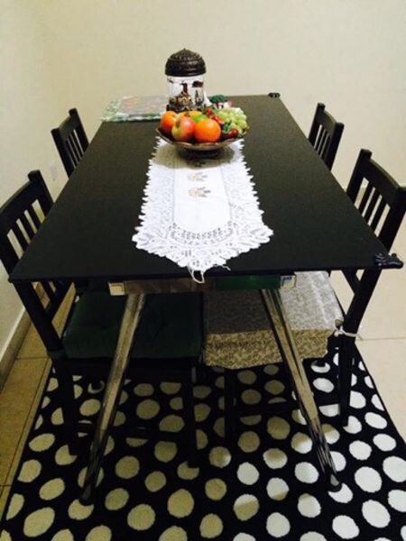 Used Dining Table + Chairs in Dubai, UAE