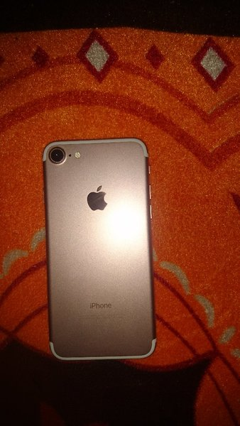 Used Iphone 7 32 gb for sale or Exchange in Dubai, UAE