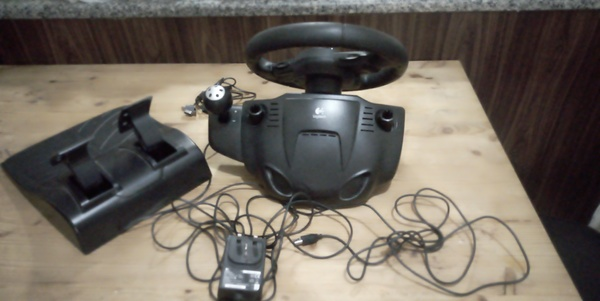 Used t80 driving force for ps4 ps3 in Dubai, UAE