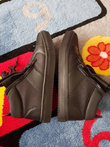 Used New Yorker shoes for men in Dubai, UAE