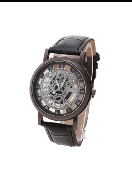 Used New design men's watch black in Dubai, UAE