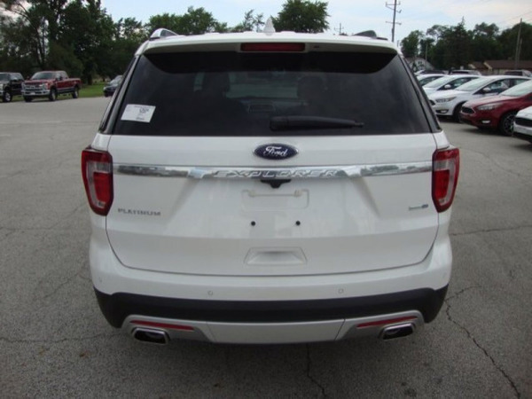 Used 2017 FORD EXPLORER in Dubai, UAE