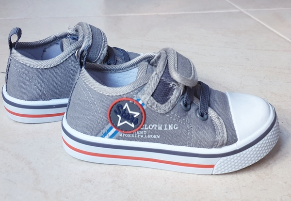 Used Baby boy shoes, size 21 EUR in Dubai, UAE