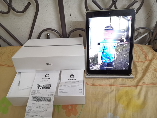 Used Ipad 6 gen 32gb rarely use. in Dubai, UAE