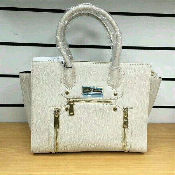 Used Big Offer #Exclusive Piece#Beautiful Off White Handbag In Original PU Material in Dubai, UAE