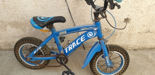 Used Bicycle for 3-5 year old boy in Dubai, UAE