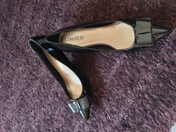 Used Black Elegant Medium Heel Shoes Size 38 in Dubai, UAE