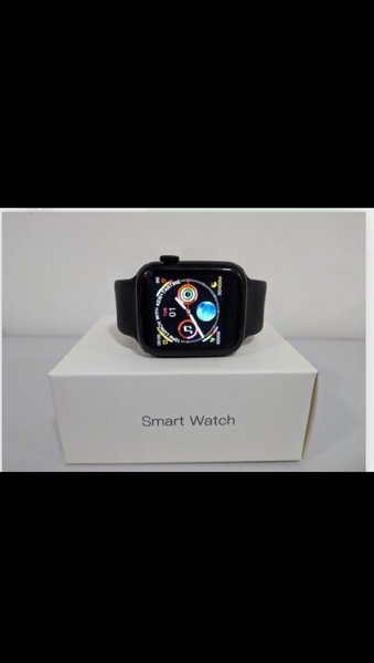 Used W34 APPLE WATCH NEW in Dubai, UAE