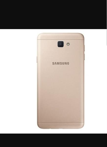 Used Samsung J 7 Prime Refurbashed Brand New Gold With Accesories Made In Vietnam  in Dubai, UAE