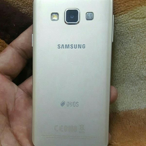 Used Samsung A 3 Original L C D Break in Dubai, UAE