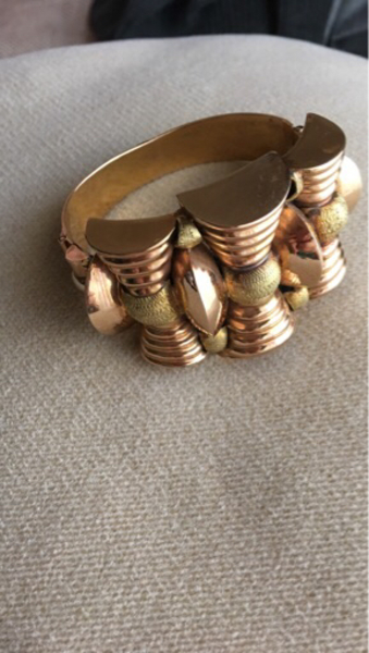 Used gold bangle 18 k 44 grams  in Dubai, UAE