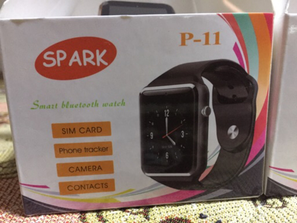 Used 2 smart watches at price of one! in Dubai, UAE