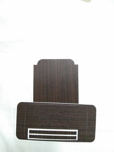 Used Brown wood sticker for iphone 6 and 6s in Dubai, UAE